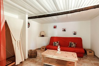 Pretty Holiday Home in Berre-les-Alpes with...