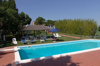 Landwohnung in Peccioli mit Grill