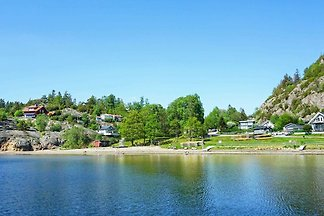 6 person holiday home in MUNKEDAL