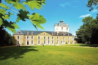 Ferienwohnung im Schloss unweit der bretonisc...