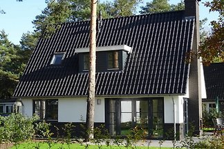 Moderne Villa mit zwei Badezimmern in der...