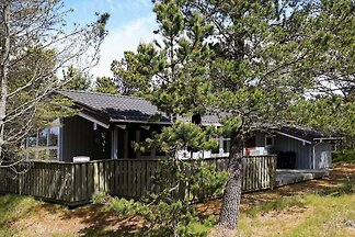 8 person holiday home in Ålbæk