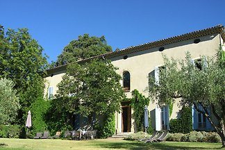 Schönes Landhaus in Vaison-la-Romaine mit...