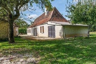 Luxuriöses Ferienhaus in Cendrieux mit...