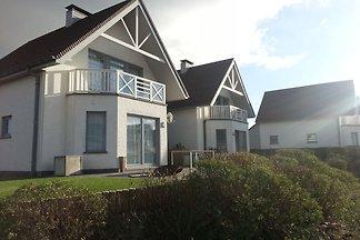 Luxuriöses Ferienhaus 800 m vom Strand von...