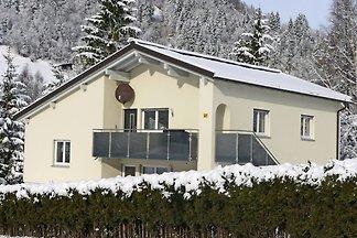 Schöne Ferienwohnung mit Terrasse in Bürserbe...