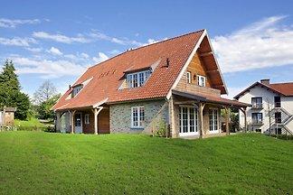 Ruhiges Ferienhaus in Slenaken mit Garten