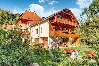 Geräumiges Apartment in Heubach nahe den...