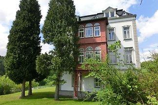 Prächtige Villa in Borstendorf mit Garten