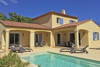 Zeitgenössische Villa in Le Plan-de-la-Tour m...