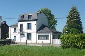 Gemütliches Ferienhaus in Francorchamps Belgi...