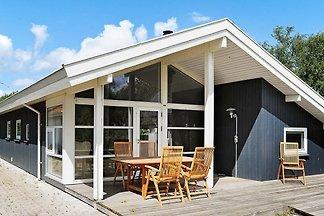 Geräumiges Ferienhaus in Frorup mit Sauna