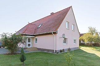 Modernes Apartment in Teßmannsdorf mit eingez...