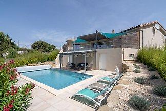 Luxuriöse Villa am Fluss in Cesseras