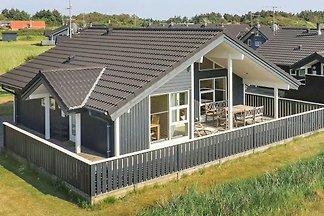 Hübsches Ferienhaus mit Sauna in Ringkøbing