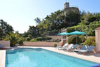 Helle Villa in Sainte-Maxime mit privatem...
