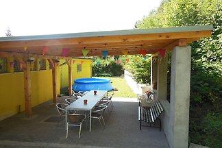 Gemütliche Villa in Nedvedice mit privatem...