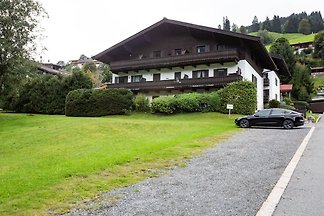 Charmantes Apartment in Jochberg mit Balkon