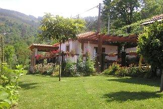 Cottage auf dem Land mit Garten mit Grill in ...