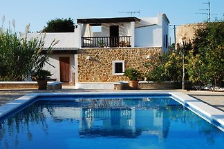A unique Finca within walking distance of San...