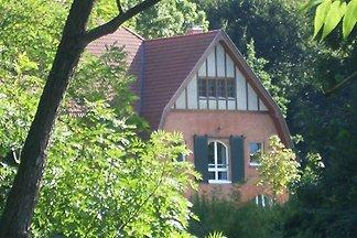 Vintage-Ferienwohnung in Kröpelin mit Garten