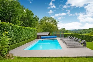 Wunderschöne Villa in Hamoir Filot mit Pool u...
