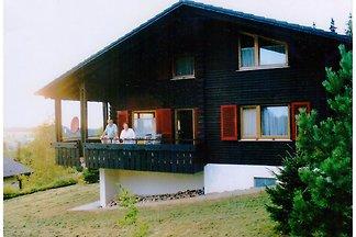 Erholsames Ferienhaus in Deilingen mit Terras...
