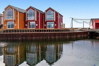 8 Personen Ferienhaus in Sandøy