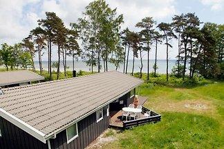 Gemütliches Ferienhaus in Nexo mit Sauna