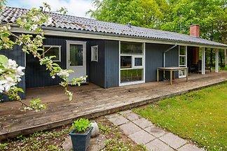 Modernes Ferienhaus in Glesborg mit Whirlpool