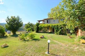 Moderna casa vacanze in Umbria con piscina...