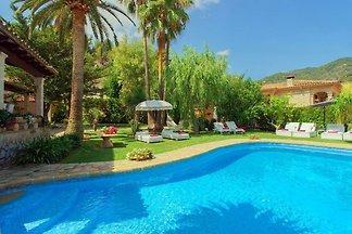 Schönes Haus mit Pool in ruhiger Lage mit...