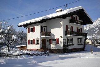 Schönes Ferienhaus in Skigebietsnähe in...