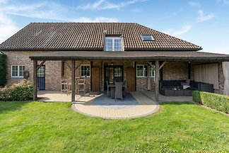 Gemütliches Ferienhaus in Alken mit Garten un...