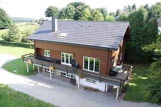 Gemütliches Ferienhaus in Xhoffraix mit Sauna...