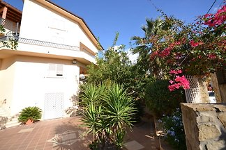 Simplistic Holiday Home in Sciacca near Horse...