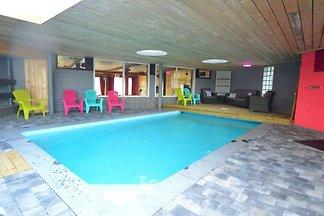 Komfortables Ferienhaus mit Whirlpool in...