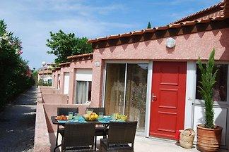 Gemütliche Ferienwohnung mit Terrasse in 800 ...
