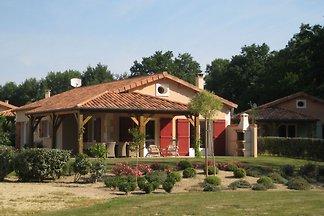 Moderne Villa mit Kamin in der wunderschönen...