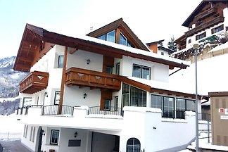 Apartament alpejski z balkonem w Landeck