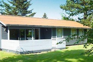 Idyllisches Ferienhaus mit moderner Einrichtu...