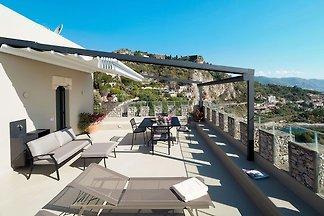 Modernes Appartement in Taormina Sizilien mit...