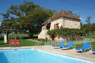Wunderschönes Ferienhaus mit Swimmingpool in...