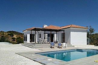 Einfaches Ferienhaus in Almogía mit privatem...