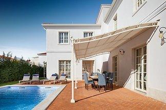 Geräumige Villa in Vabriga mit Swimmingpool