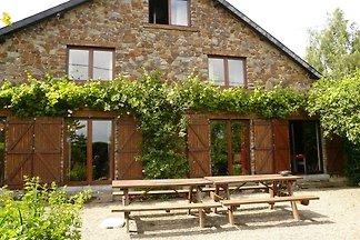 Komfortables Ferienhaus in Ronchampay mit...