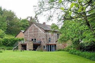 Vintage Cottage in Dochamps mit Garten