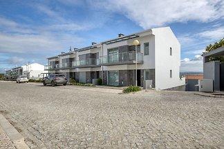 Modernes Ferienhaus in Salir do Porto mit...