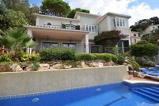 Gemütliche Villa in Santa Cristina d'Aro mit...