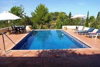 Sunlit American Style Villa in St Joan de Lab...